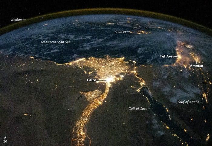 Вид из космоса на планету Земля