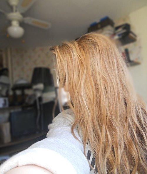 Фото девушки русые волосы на аву 12