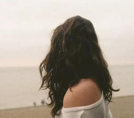 Девушка сзади