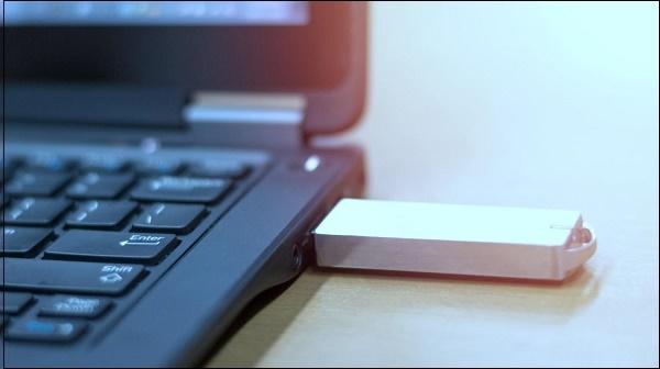 Флешка в компьютере