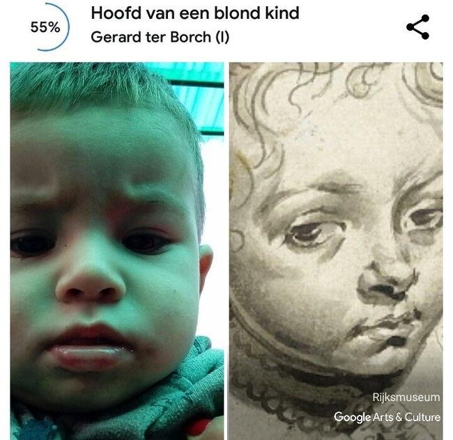 Сравнение фото ребенка с карандашным рисунком