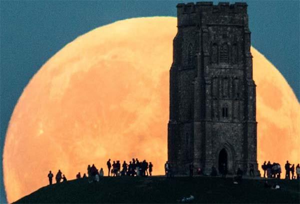Фото большой луны