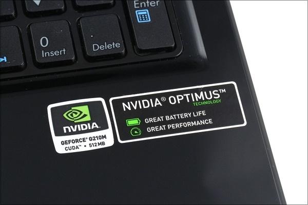 Наклейка Optimus на ноутбуке
