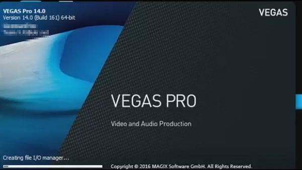 """Используйте функционал программы """"Sony Vegas Pro"""" для создания интро"""